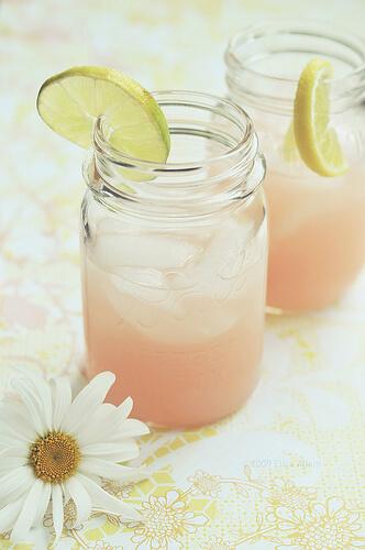 summer cocktail in a mason jar