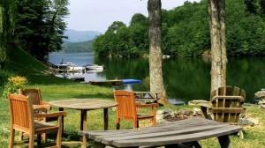life on lake nantahala